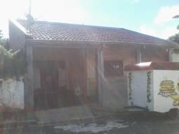 Casa com 2 dormitórios na Vila Falcão