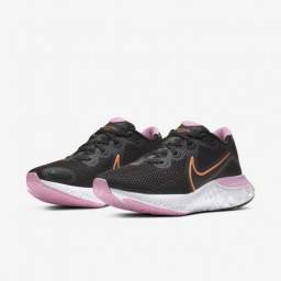 Tênis Nike Renew Run Feminino - Preto e Laranja - Tamanho 38 - Novo