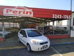 Fiesta sedan 1.6 2009