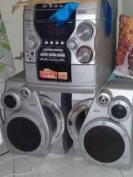 Rádio Bass Reflex 3 - Way Speaker System