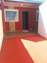 Linda residência c/ churrasq, portão eletrônico e ótimo acabamento no Jd. Panorama !!