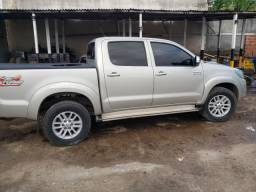 Hilux 2015 SRV a mais top.