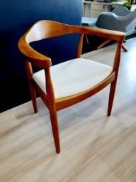 Cadeira Carolina - Revestimento Linho ou Courino Preto - Promoção