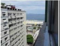 Copacabana, Posto 5 com linda vista para o mar , andar alto. Reformado