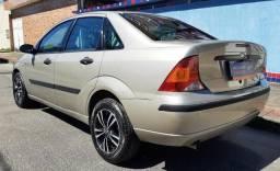 Focus 2005 1.6 Completo $15.900 T *