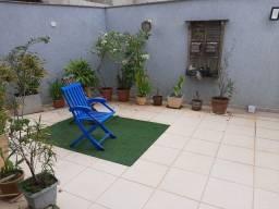 Casa muito confortável, com amplo quintal no Riviera Fluminense