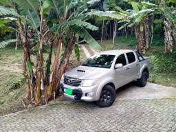 Toyota-Hilux 3.0 cd 4x4 td