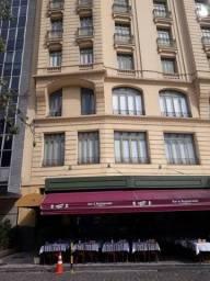 Título do anúncio: CENTRO - Cinelândia - Sala 36m² com ar cond central, banheiro e janela acústica.