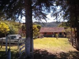 Excelente Chácara de 2.000m², Bairro Sapé, Marmelópolis/MG