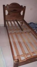 Cama de solteiro madeira