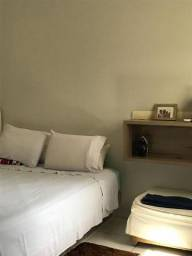 LM - Casa 2/4 em Itapuã Bem Arejada Entrada R$ 10.429,00