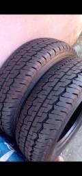 Vendo c urgência 2 pneus
