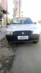 Fiat Uno com AR - 2005