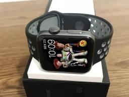 Apple Watch 42mm -Série 2-Nike Edition