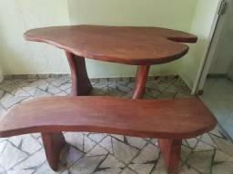 Mesa + banco ( madeira de lei ) lindaa