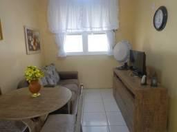 Apartamento 02 dormitórios no bairro Camaquã em Porto Alegre