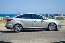Ford Focus Sedan Titanium 2.0 PowerShift 2016