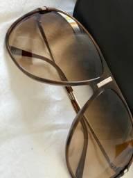Óculos originais, em excelente estado de conservação