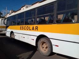 Vendo ônibus escolar caio 36 lugar e um de 32