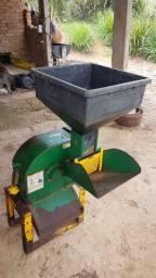 Vendo Moedor de grãos Maqtron B616 Desintegrador Agrícola
