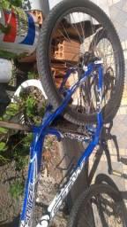 Bicicleta aro 26 GTW freio a disco