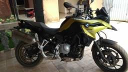 Título do anúncio: Motocicleta Bmw 750