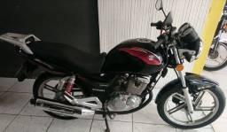 Título do anúncio: Suzuki gsr150cc injetada! 6marchas 13 mil km?Abaixo da fipe