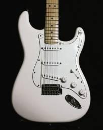 Título do anúncio: Fender Stratocaster Player 2019 Polar White. Made in México. Estado de Nova