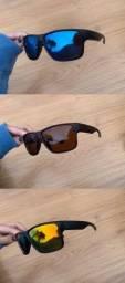 Título do anúncio: Óculos Oakley modelo Holbrook