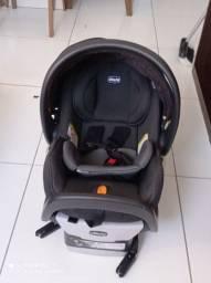 Bebê conforto chicco com base para auto.