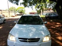 Gm - Chevrolet Astra 1.8 alcool - 2004