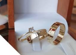 Alianças de luxo em ouro