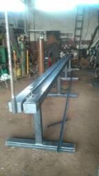 Dobradeira de coluna de construção civil