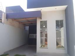 Linda casa fino acabamento, ótima localização. Marque uma visita