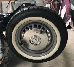 Rodas de fusca com pneu e calota zeros !!!