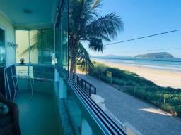 Apartamento Frente Mar na Praia de Palmas - Governador Celso Ramos/SC