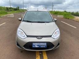 Fiesta 2012 Hatch 1.6 Completo + Multimídia e sensor de Ré