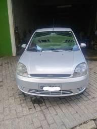 Fiesta Sedan 1.6 15.000,