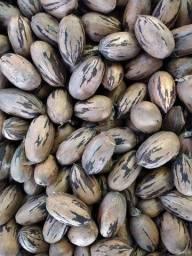 Nozes com casca 15 reais o kilo