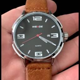 Relógio Weide.