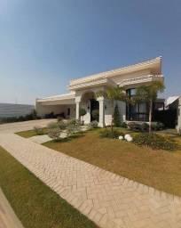 Título do anúncio: Casa Térrea Neoclássica - Mobiliada - 03 Suítes - 320m² - Florais Itália - Cuiabá - MT