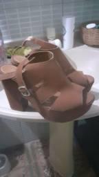 Título do anúncio: 2 sapatos