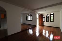 Casa à venda com 3 dormitórios em Jardim tiradentes, Volta redonda cod:17273