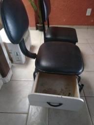 Título do anúncio: 2 cadeiras de manicure