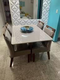 Mesa MDF com tampão de vidro 90x1,35 + 4 cadeiras