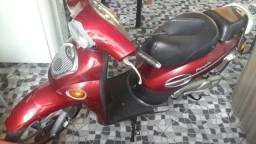 Moto KCMI único dono - 2002