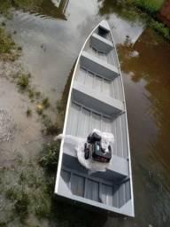 Canoa de alumínio com motor - 2018