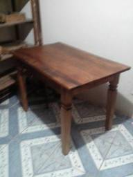 Mesa de madeira demolição