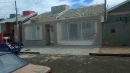 Vendo casa 150m2 terreno 250m2 próx. ao centro de Arapongas