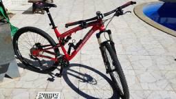 Bicicleta Montain Bike - Marca Rocky Montain aro 29 (Super Nova)